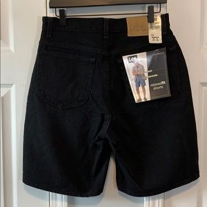 NWT Lee black relaxed fit jean shorts